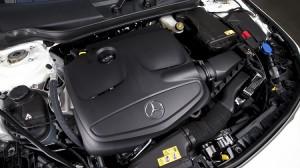 Mercedes-Benz-CLA-200-2015-022
