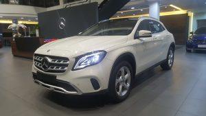 Mercedes GLA200 giá