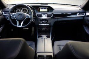 xe-mercedes-e250-amg-2015-cu-chinh-hang-mau-bac-xanh-11-mercedescu.com